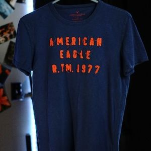 American Eagle Short Sleeve T-shirt Small